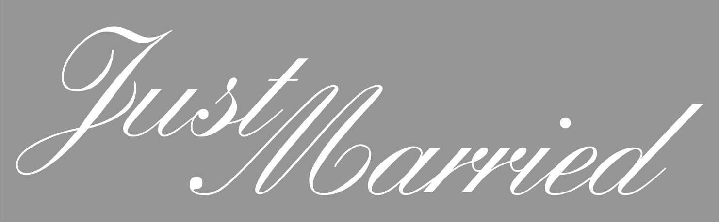 LATSIGN-Kazas-laulibas-jubileja-auto-uzlime-Just-Married