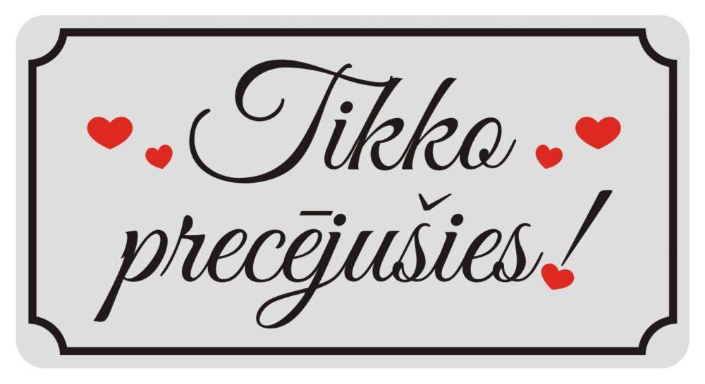 LATSIGN Kāzu numura zīme ar sirsniņām un uzrakstu - Tikko precējušies!